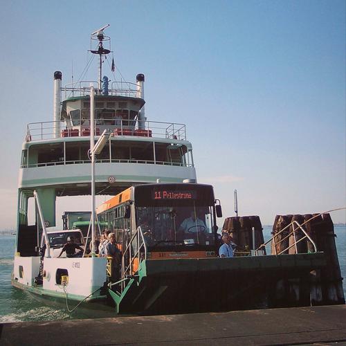 Actv ferry boat actv ferry boat sciox Images