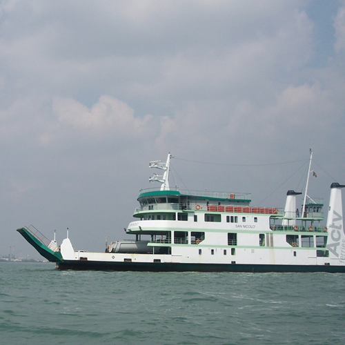 Actv ferry boat actv starting from wednesday 5 june the imob system is also introduced on ferryboats covering route 17 you can buy ferryboat tickets not only at the boarding sciox Images